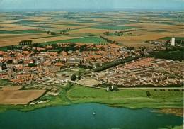 Oostburg luchtfoto naoorlogse kern